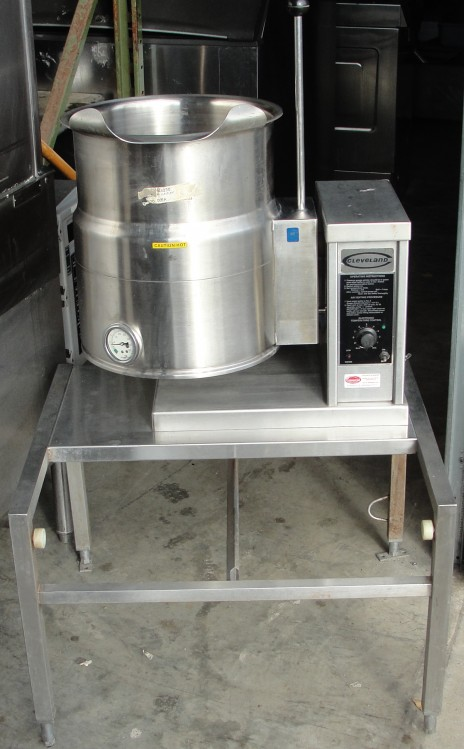 Reconditioned KET-5T electric tilting kettle